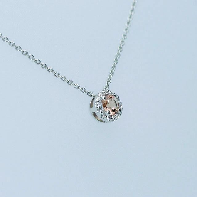 ピンクトパーズとダイヤモンドのペンダント Pt900