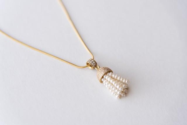 ②真珠ミニタッセル(ゴールド)