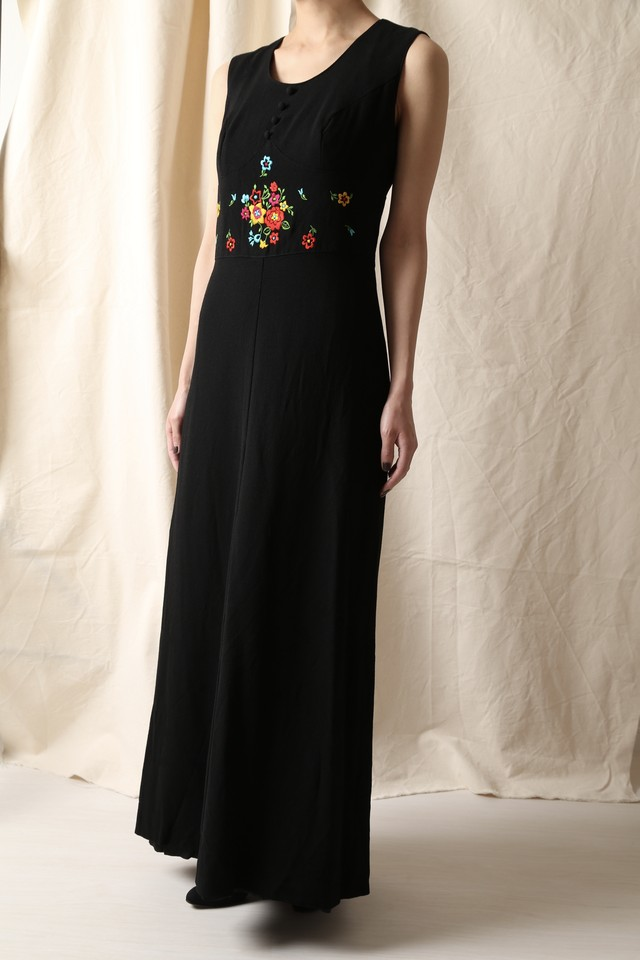 Flower Embroidery Maxi Dress