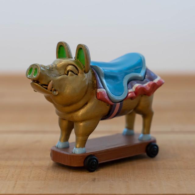 【25周年記念】耳をすませば 小物入れ(地球屋の入り口の金の豚/1440)