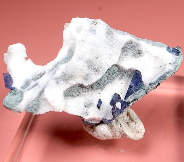 ベニトアイト ベニト石  カリフォルニア産  3,8g BN067 鉱物 天然石 パワーストーン