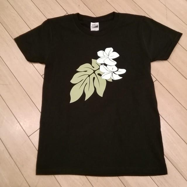 Candlenuts モンステラ&プルメリア柄Tシャツ ブラック