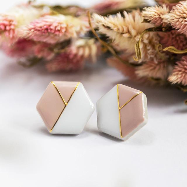 陶器 六角形 クラシカルライン イヤリング&ピアス ホワイト×ダスティピンク 伝統工芸品 美濃焼