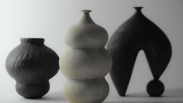 ceramic vase -tsubo-