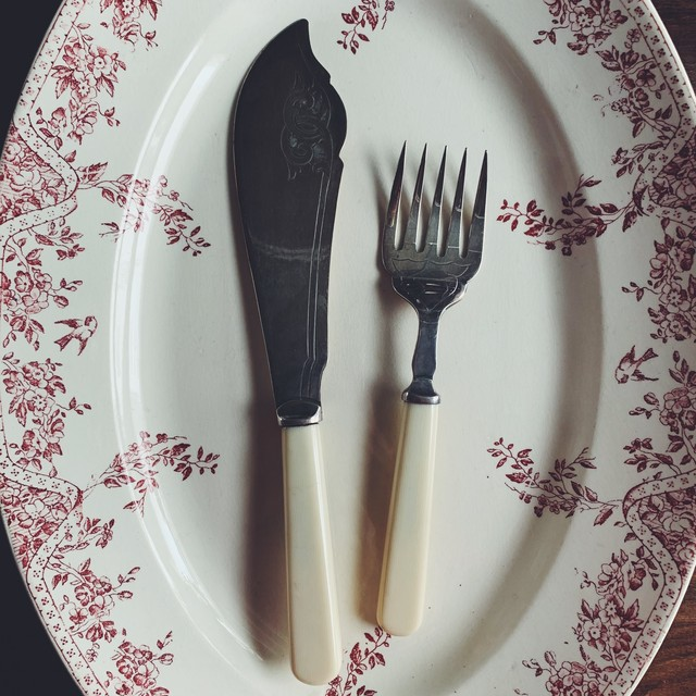 Cutlery set for serve