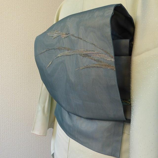 正絹紗 藍鼠色に銀の葉の開きなごや帯