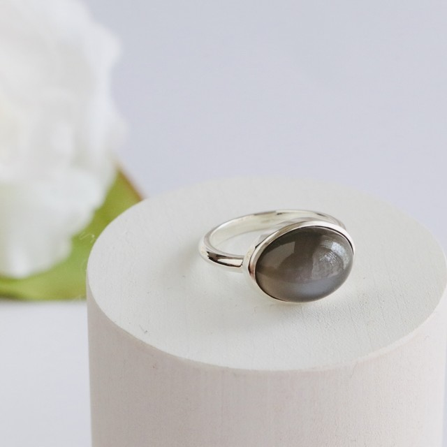 Gray Moonstone Ring ✧silver925 ✧