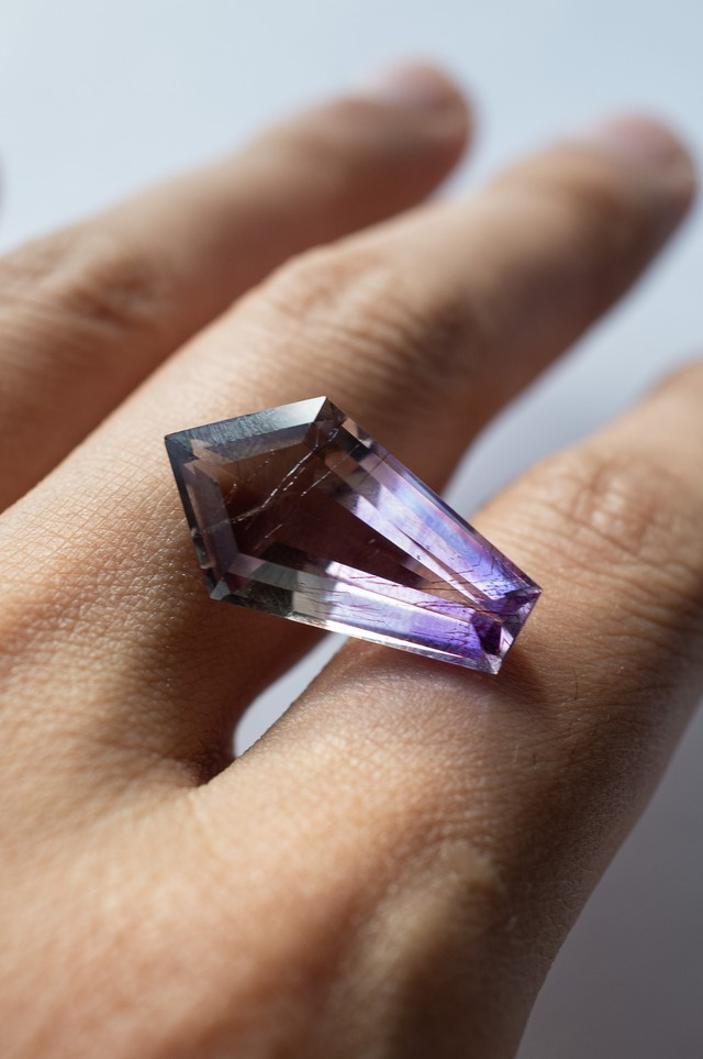Goethite in Amethyst Faceted - 019