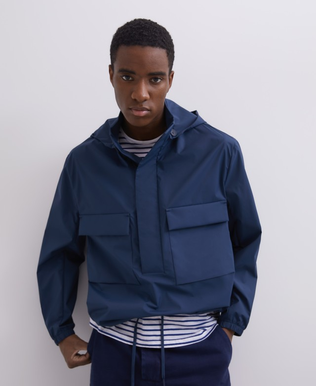 NYLON PULLOVER WITH REMOVABLE HOOD [128021016111]