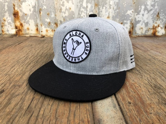ALOHA SURF スナップバック CAP(grey×black)