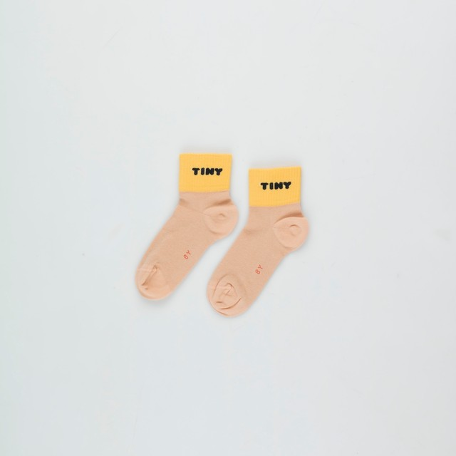 《TINYCOTTONS 2020AW》TINY QUARTER SOCKS / ight nude × yellow / 2・4Y