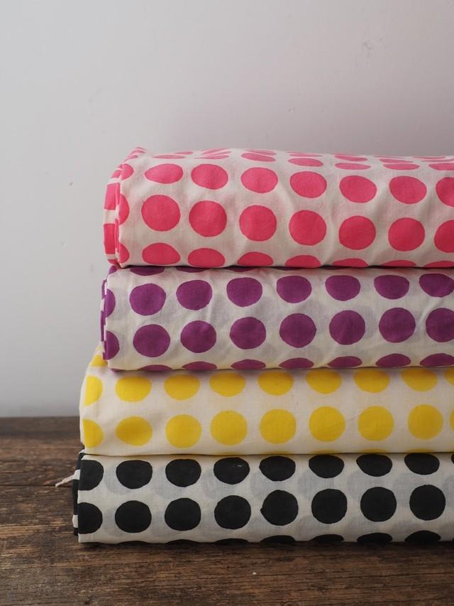 block print fabric a83 白地に水玉