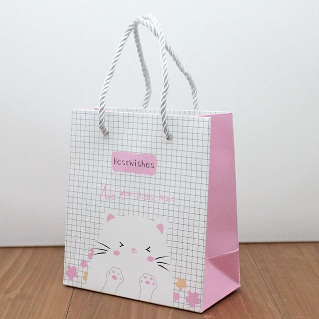 【輸入品】ピンクのワンポイント肉球ミニ紙袋