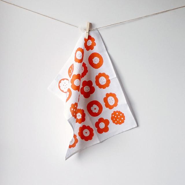 フラワークッキーティータオル(オレンジ)