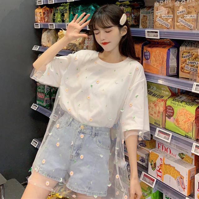 【送料無料】 今年トレンドの透け感♡ カジュアル ガーリー 花柄 刺繍 チュール付き オーバーサイズ Tシャツ