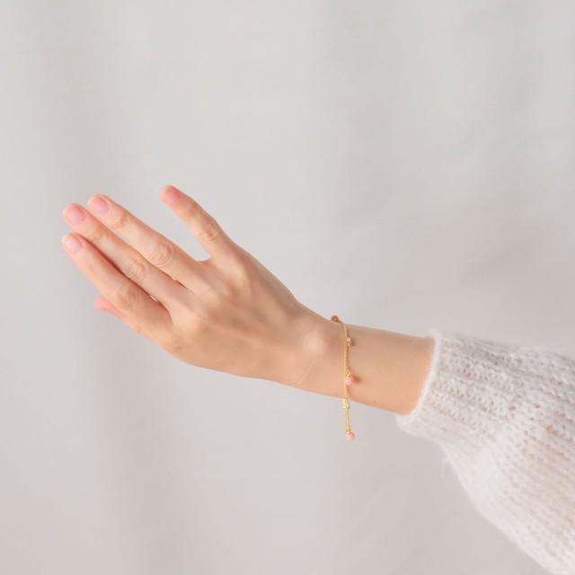 The Feminine Wrist ~ The  Bracelet Collection Edition 11 7