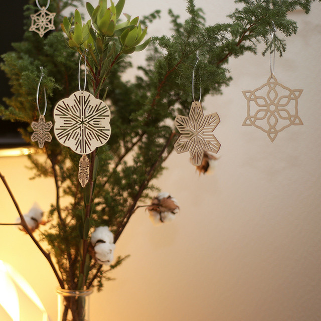 snow ornament large / 雪のオーナメント大