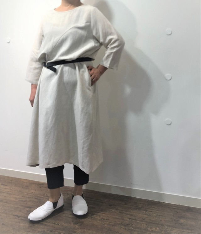【フリーサイズ】麻混ルーミーワンピース【202-7148】