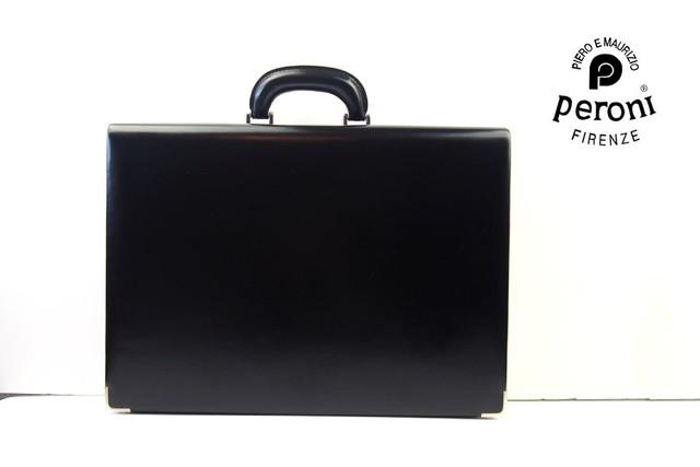ペローニ peroni 薄型アタッシュケース