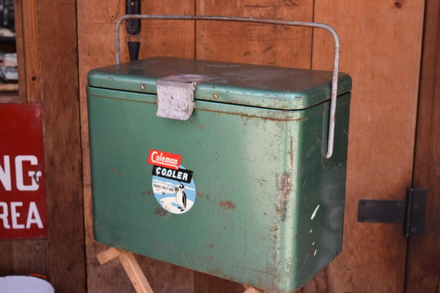 USED 40s-50s Coleman 631 Cooler 01012