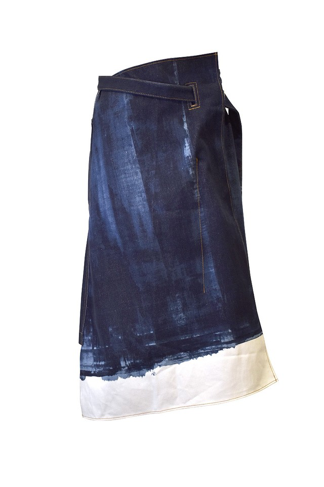 koji makino / Squeegee denim skirt / Dark blue