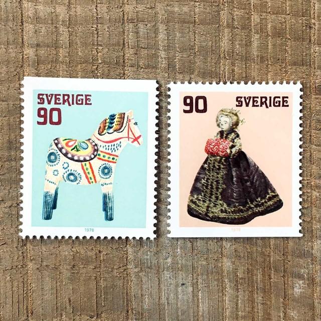 切手(未使用)「古いおもちゃ - 2種セット(1978)」