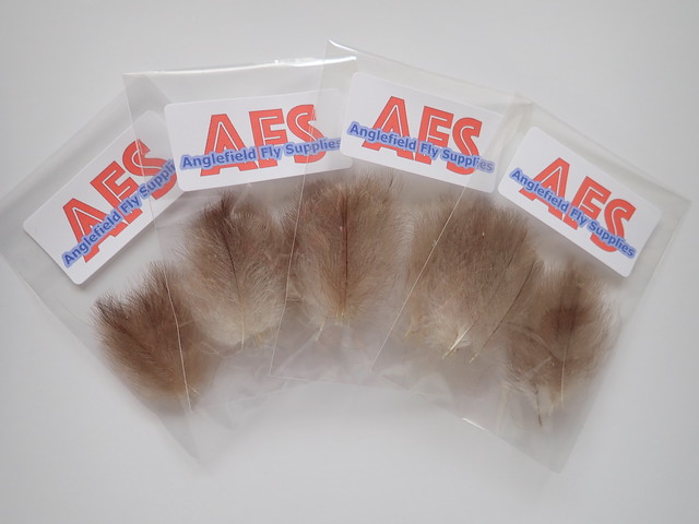 CDC SELECTED FEATHERS(Natural Lt.Gray )20pcs/pack
