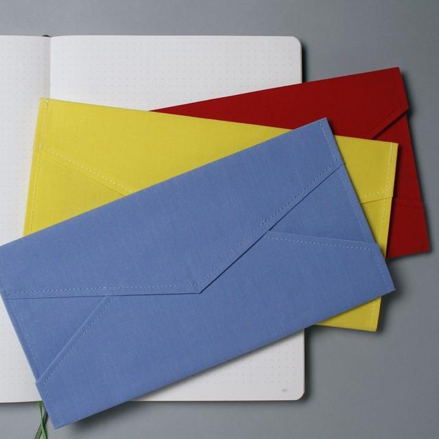 不思議素材のレターケース。