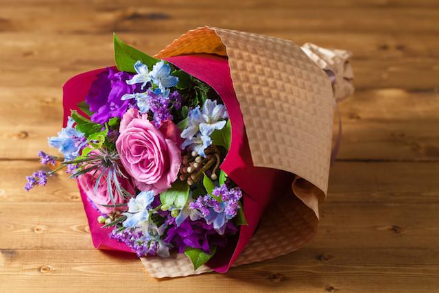 【いい夫婦の日のプレゼントにぴったり】花束/パープル&ブルーブーケ