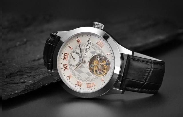【JOHNNYROGER marchand 】フライングトゥ-ルビヨン メンズ パワーリザーブ 手巻き腕時計