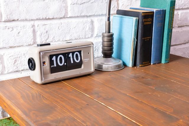 〈置き時計〉DESK TOP ALARM TWEMCO  AL30-GYB