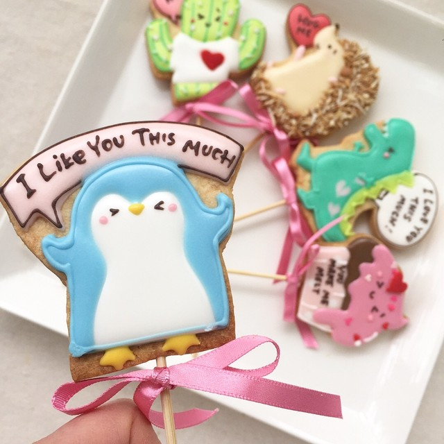 V-Day Cookie Pops / ペンギン