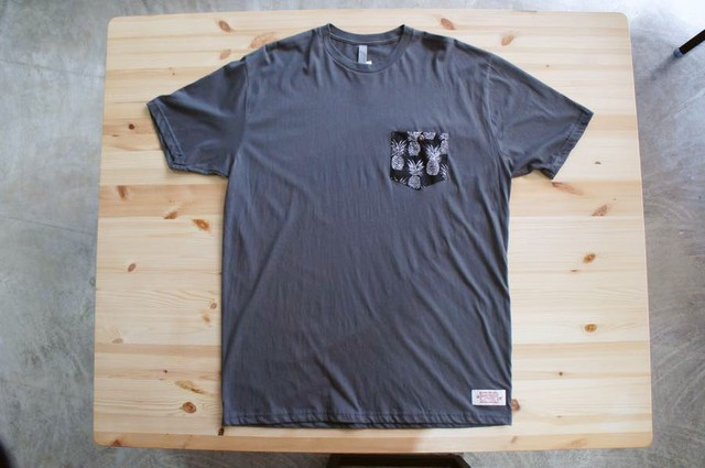 Tシャツ Pineapples Black TG250 Gray/サイズXL