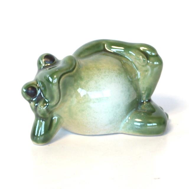 陶器 寝ころび蛙 カエル 福 幸運 幸福 縁起物 ご利益 オブジェ 置物 かわいい js16249