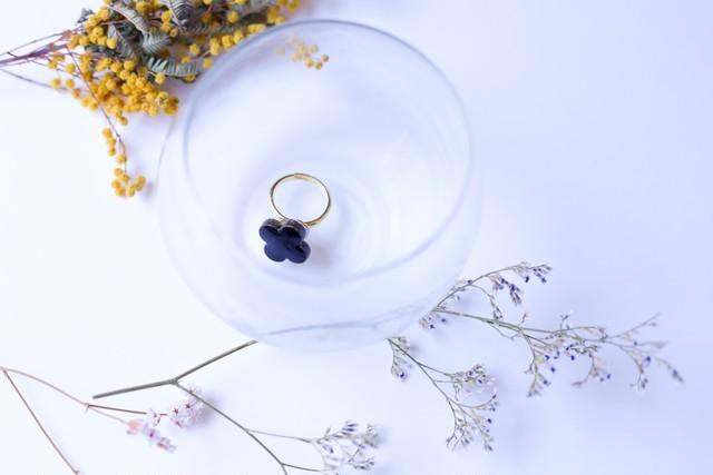 352伝統文化品美濃焼多治見四つ葉タイル指輪・リング(フリーサイズ) ※証明書付
