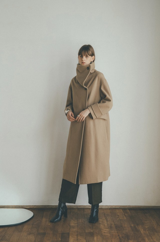 CLANE UP NECK OVER COAT