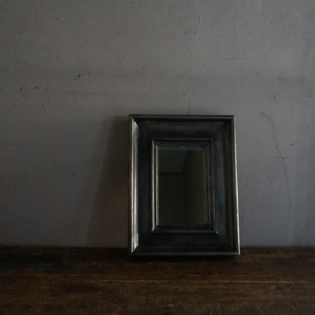 古いピューターの鏡