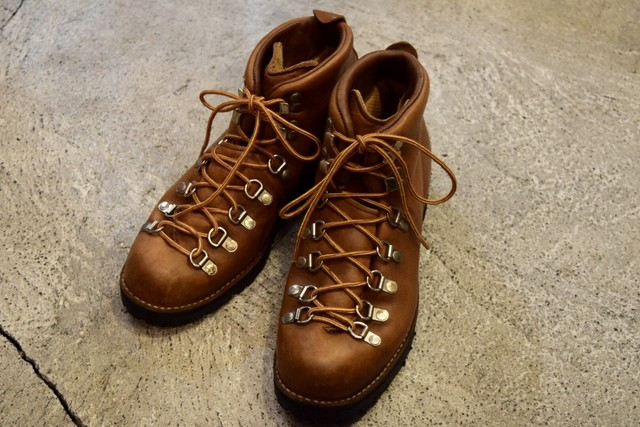 USED Danner Mountain light 8M vintage 80s made in USA B0197