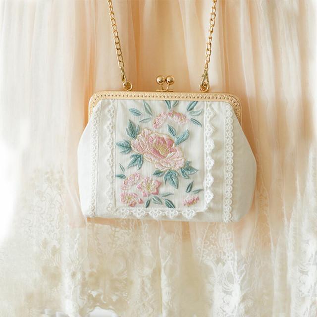 可愛い パーテイーバック レース 刺繍 コットンリネン チェーンバッグ 手持ちバッグ レディースファション ホワイト