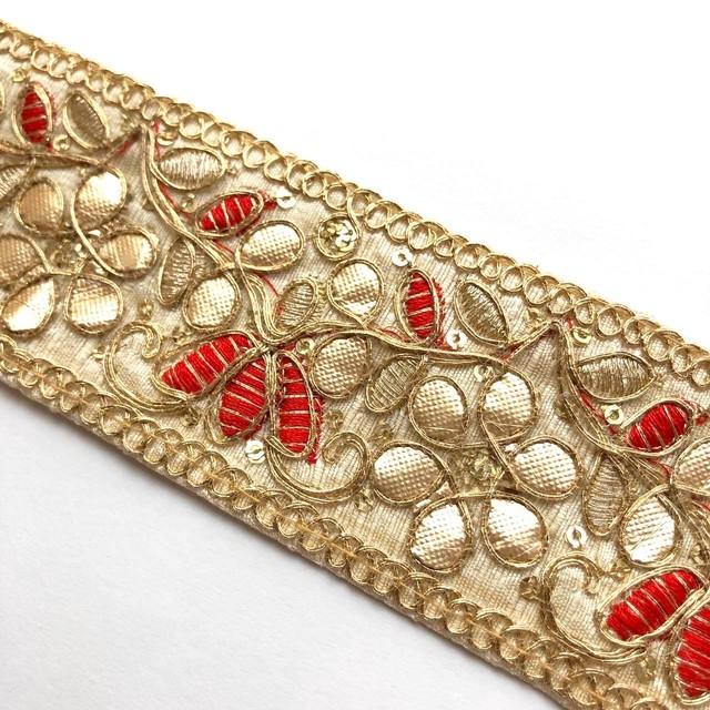 赤い花とG花のインド刺繍リボン