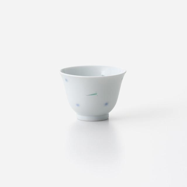 透かしメダカ 煎茶碗