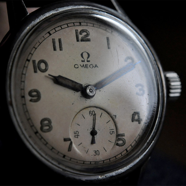 40's OMEGA small second