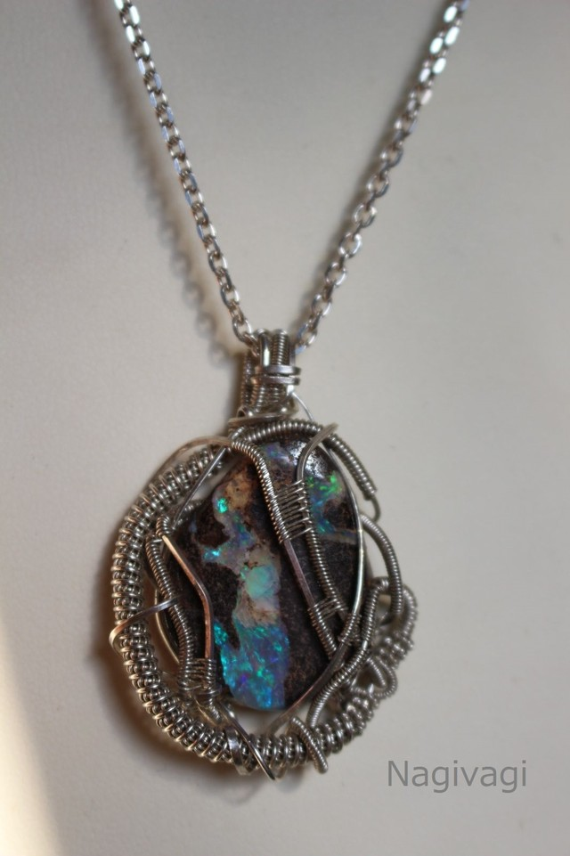 Boulder opal sillver925 wirewrapping pendant
