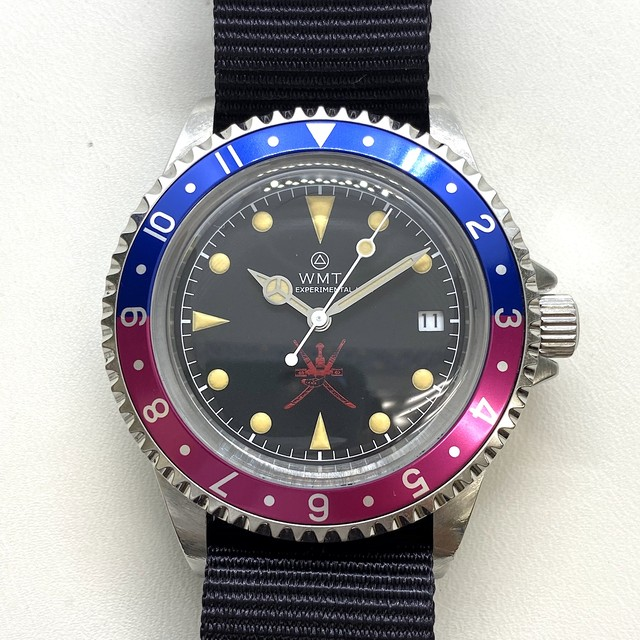W.MT WATCH  ROYAL MARINE Red Oman Pilot Blue/Pink (AGED CASE) WMT538-01