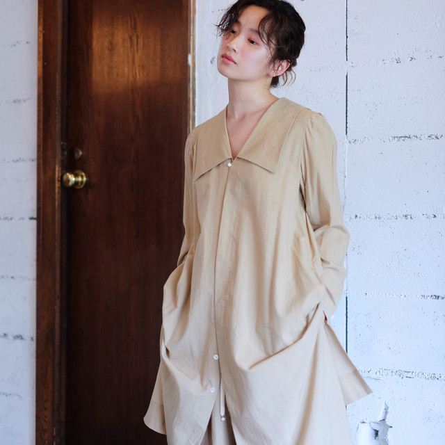 Sailor collar long blouse  [ Beige ]