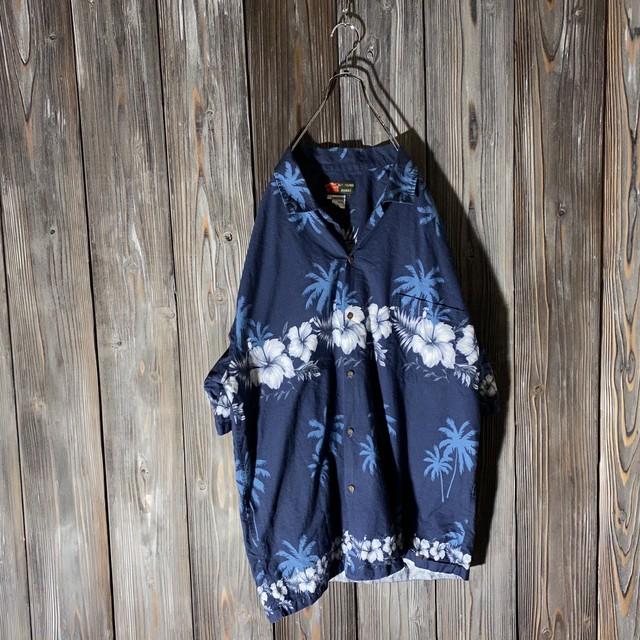 [used]deep blue Hawaiian shirt