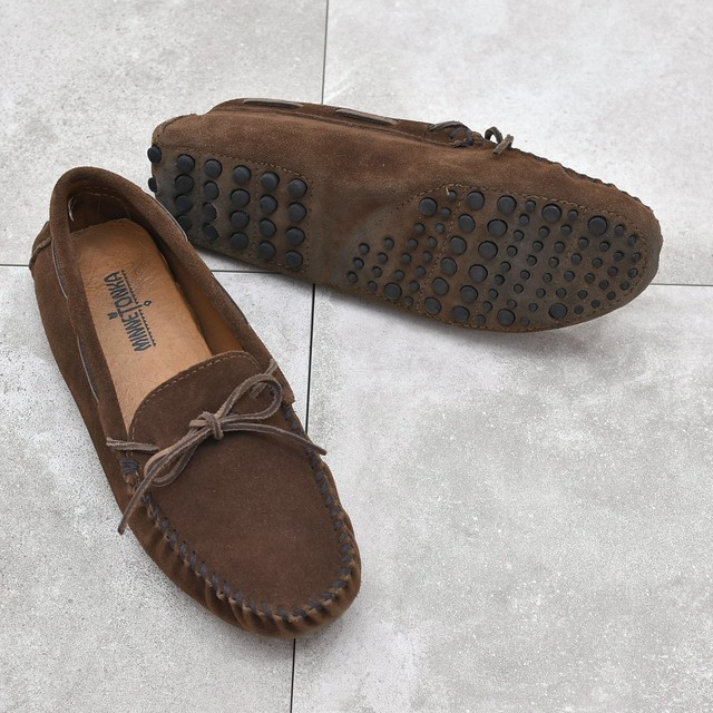 MINNETONKA moccasin suede leather shoes