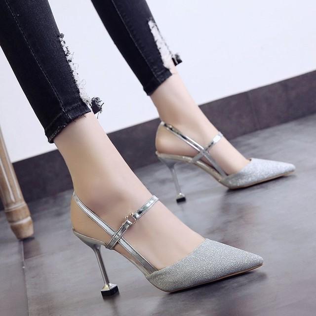 【shoes】女性必見ラメ入りファッションハイヒールポインテッドトゥストラップ無地パンプス