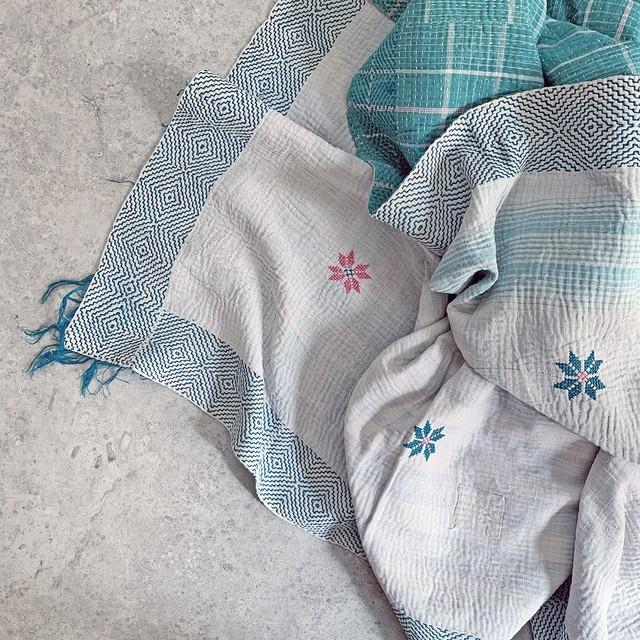 ヴィンテージ ラリーキルト カンタキルト さりげない刺繍がかわいいホワイトキルト