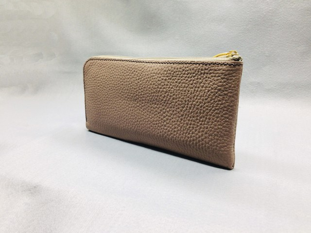 "L-type long wallet ""cara"" (soft shrink): Camel (zipper: Greige)"